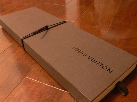 Louis_vuitton_tie_box
